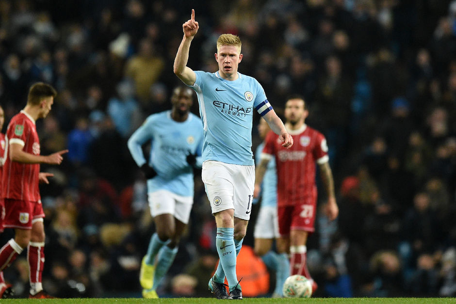 Manchester City, avec un but de De Bruyne, s'impose sur le fil face à Bristol City