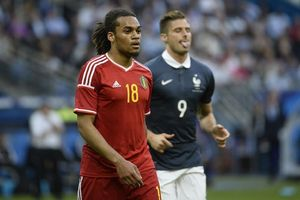 Jason Denayer prolonge à Manchester City