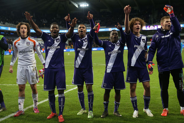 UEFA Youth League: Anderlecht bat Arsenal (2-0) et file en 8e
