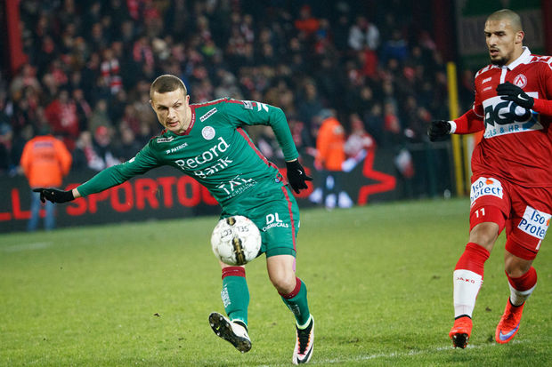 Zulte Waregem s'impose à Courtrai (2-3)